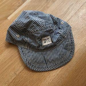 Gap hat 18-24 months